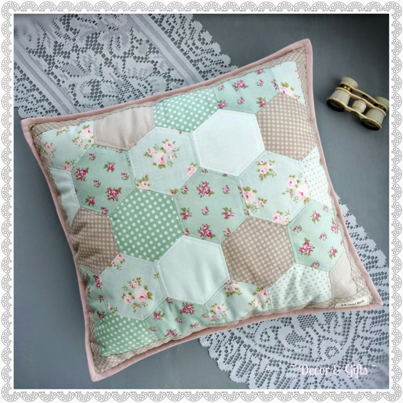 "Cushion ""English garden"""