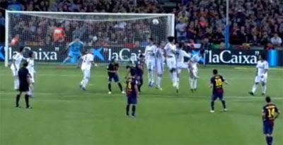 golazo de Messi de falta directa FC Barcelona Real Madrid