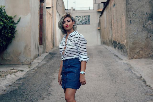 camisa-rayas-falda-denim-botones-look-outfit