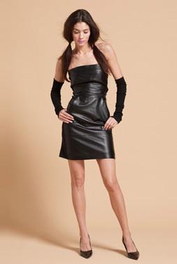 le vide dressing d 39 ally robe en cuir kookai taille 40. Black Bedroom Furniture Sets. Home Design Ideas