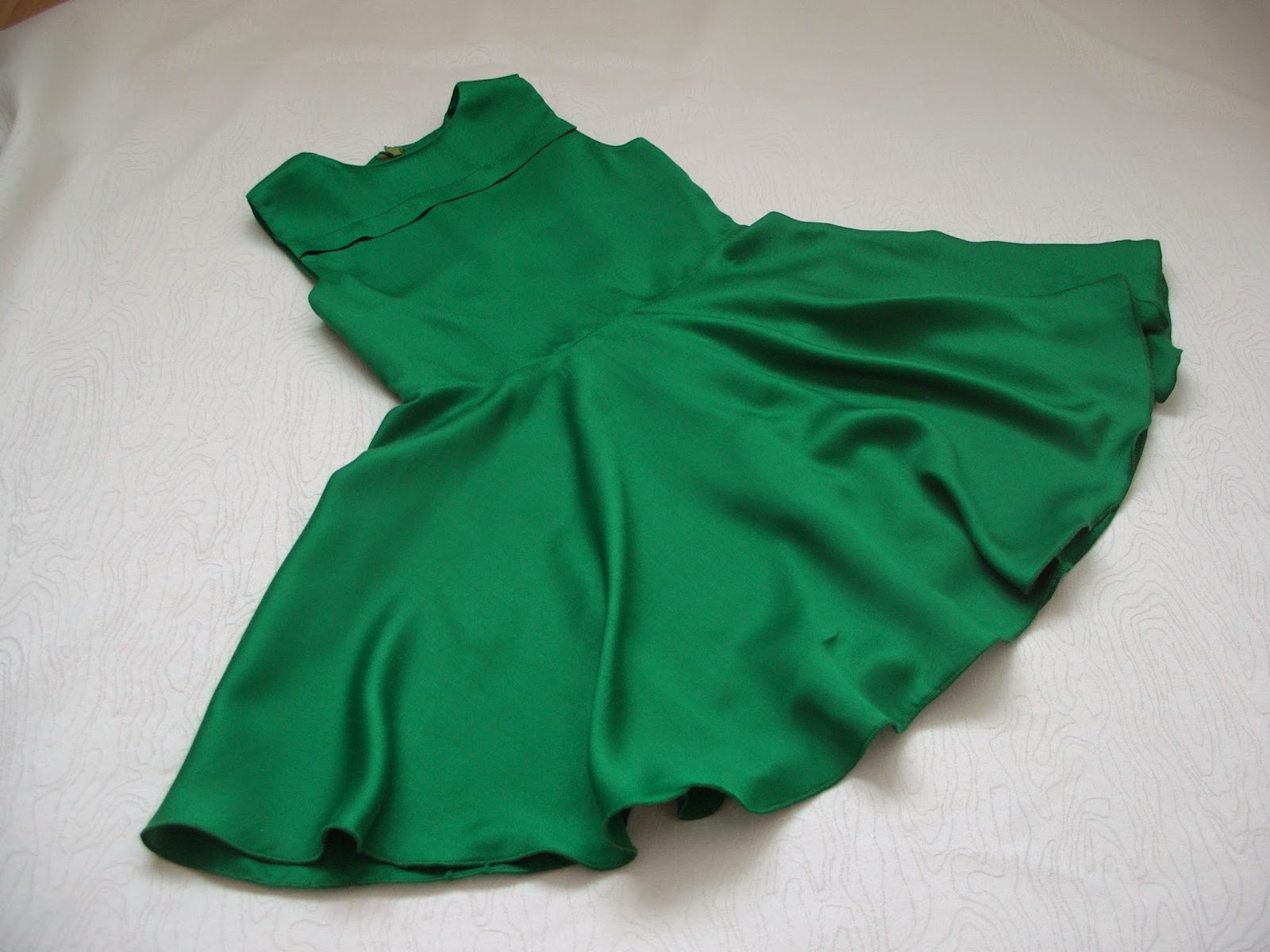 Зеленое платье своими руками фото