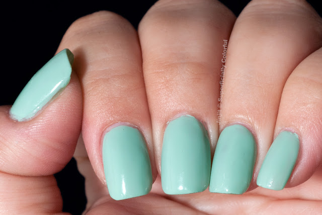Mint Mani for Talia  Bell Air Flow Lotus Effect 712