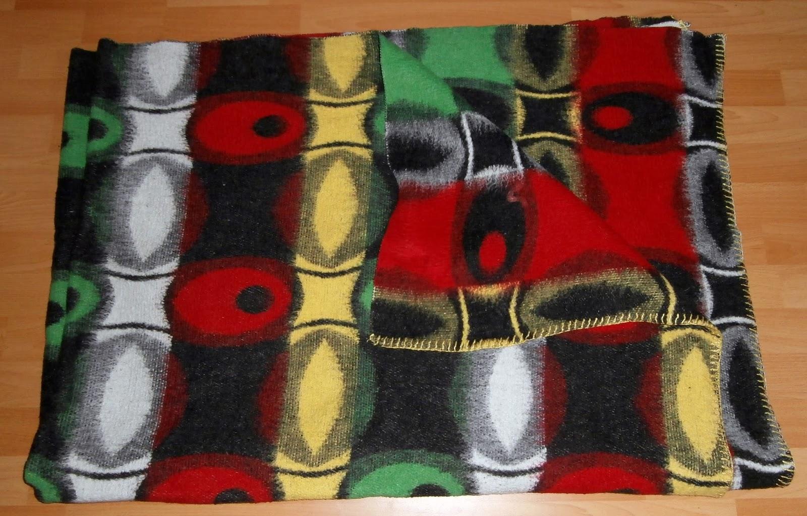 das wolldecken museum the vintage blankets museum 2 sch ne decken aus den niederlanden. Black Bedroom Furniture Sets. Home Design Ideas