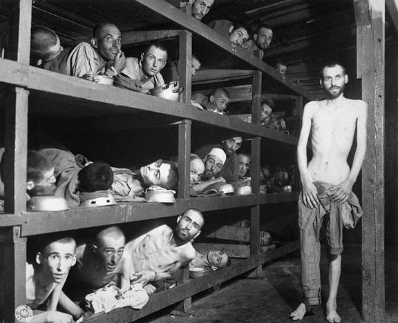 Поддельное фото холокоста - фотомонтаж