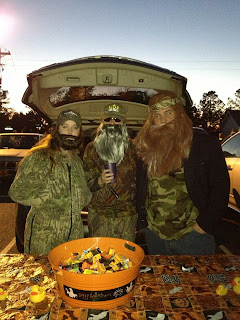The beards are back! Best.Halloween.Costumes.Ever. Duck Dynasty! Yes