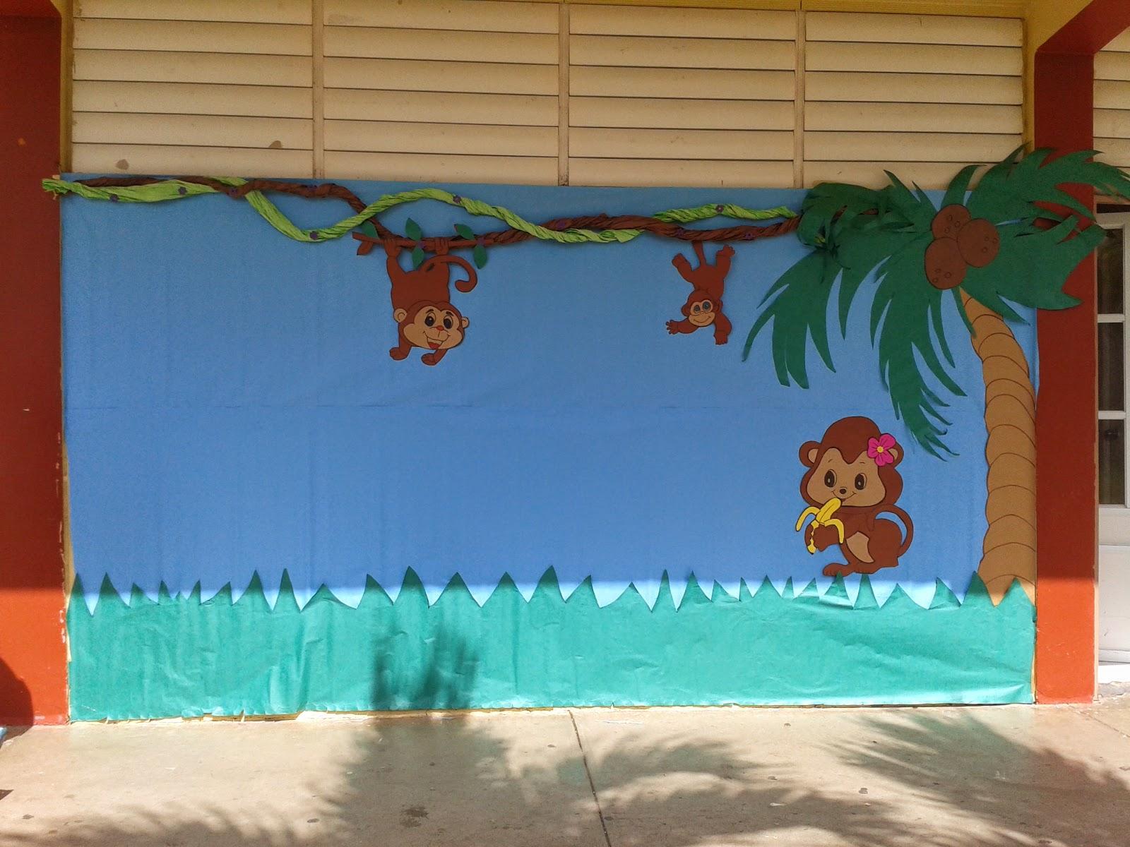 Biblioteca antonio s pedreira moca confeccionando mural for Club joven mural