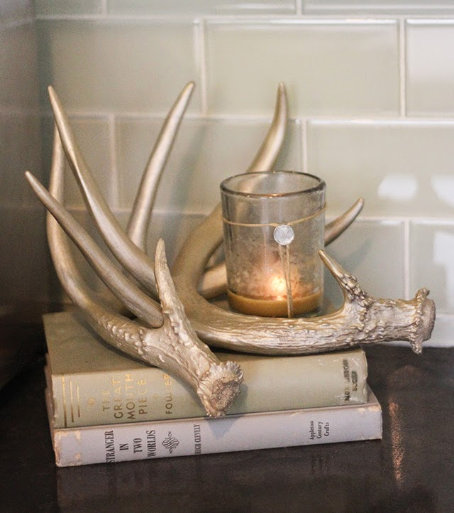 Oh so lovely blog oh deer antler decor free printables for Antlers for decoration