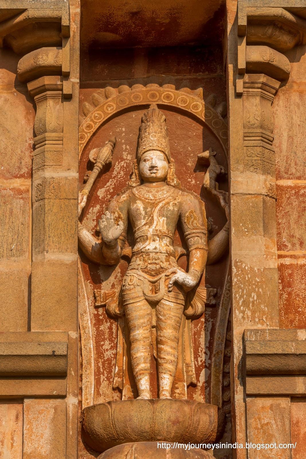 Thanjavur Brihadeeswarar Temple