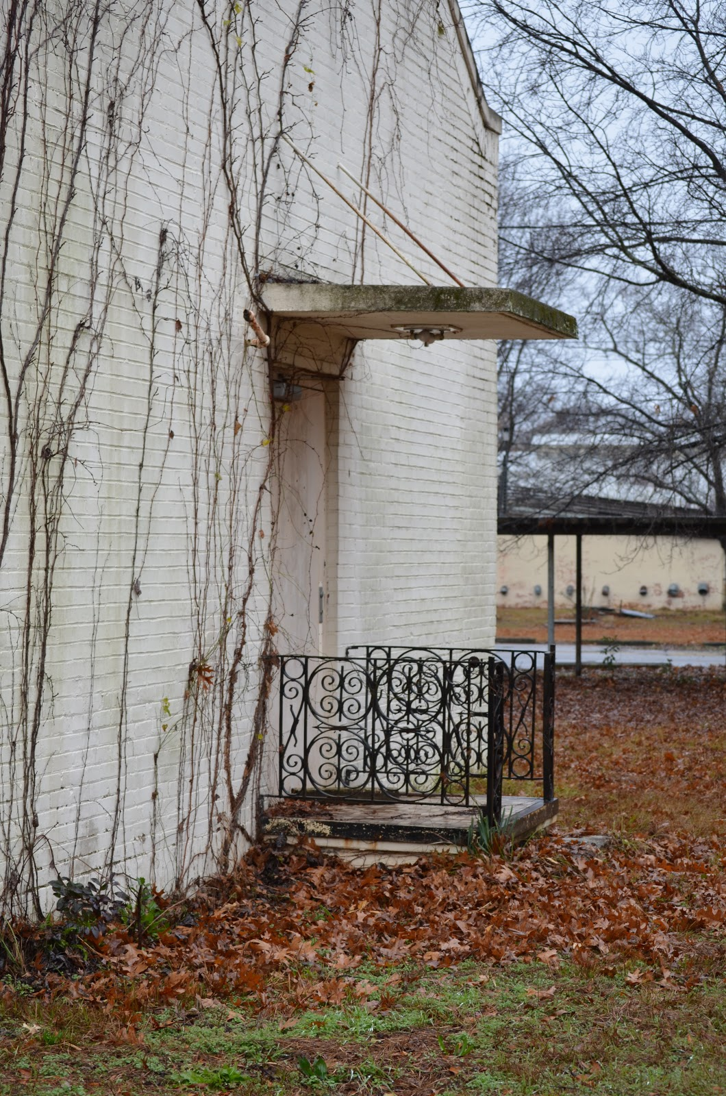 we believe these buildings were where they housed the criminally insane but we aren t positive we heard it was in two back buildings with bars on their