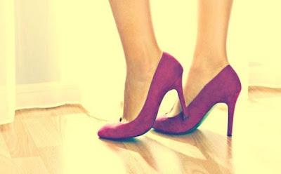 أمور تجهلينها عن الكعب العالي,احذية كعب عالى صنادل,high heels shoes