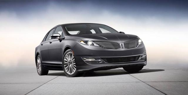 2013-Lincoln-MKZ-studio-front-3_4