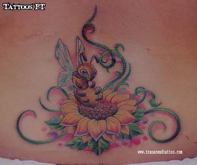 Tatuagens Bee flower