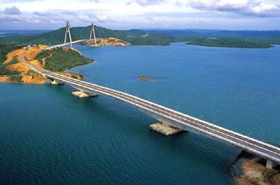Jembatan Barelang (Ikon Kota Batam)