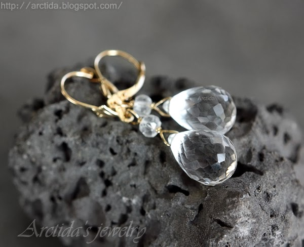http://www.arctida.com/solid-gold-14k-rock-crystal-clear-quartz-earrings-14k-solid-gold-pruina-p-117.html