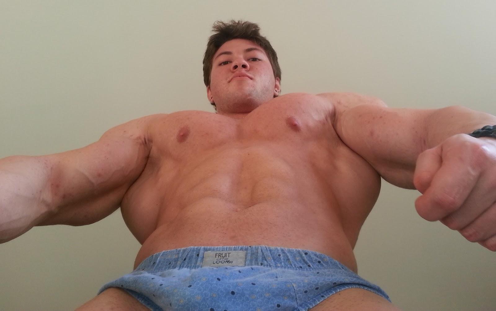 Смотреть онлайн парни с большим хуем, Большой член - Гей порно бесплатно 2 фотография