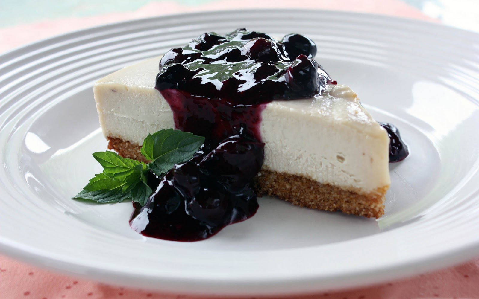 Cheese Cake Blueberry Sauce