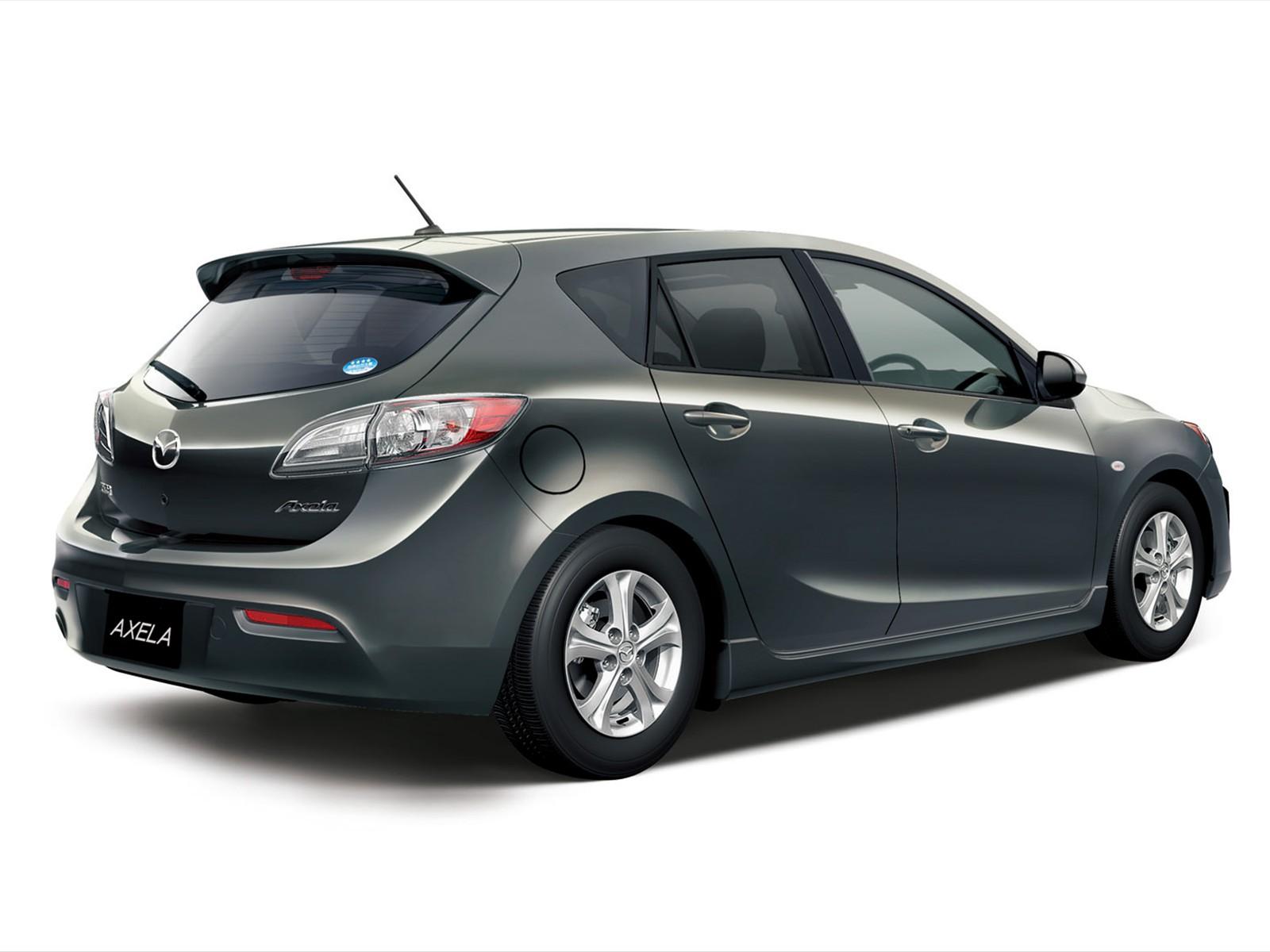 Car Pictures: Mazda Axela Sport 1.5 S Style