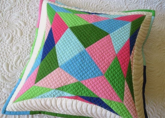 raw edge applique quilted pillow pattern