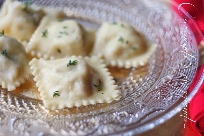 Cucinando e assaggiando ravioli con ricotta e cotechino - Come cucinare le lenticchie con cotechino ...