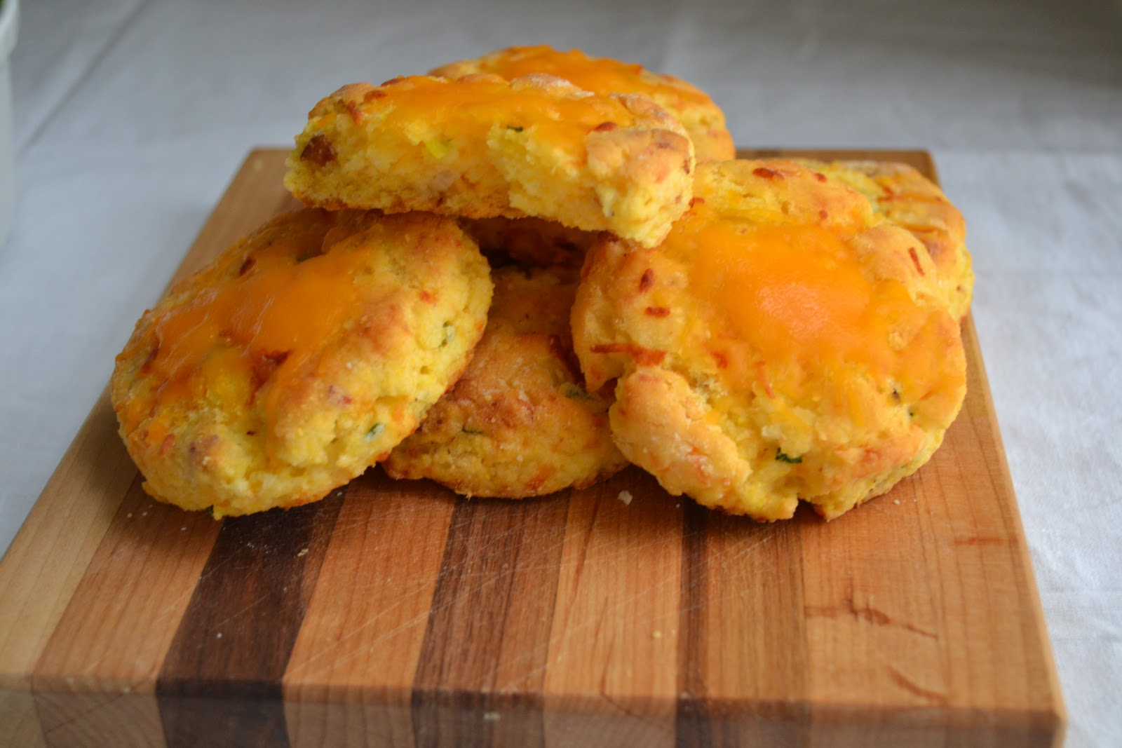 Gluten Free Gypsy: Bacon, Cheddar and Scallion Cornbread Biscuits