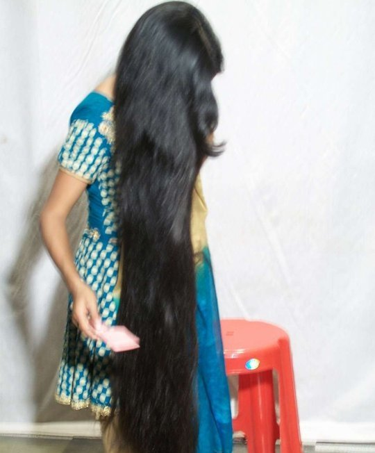 Indian Aunty Long Hair