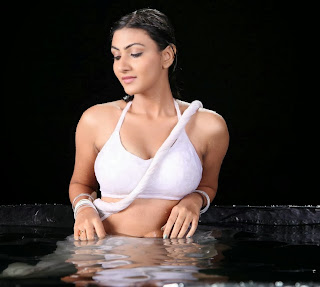 Neelam Upadhaya Hot Wet Boobs & Naval Expose in Swimming Pool