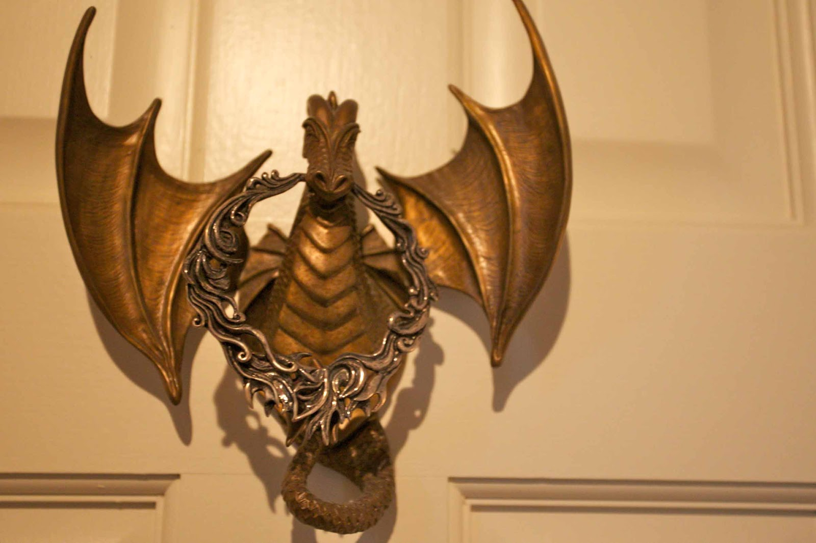 Octoberfarm the party at the guest house - Dragon door knockers ...