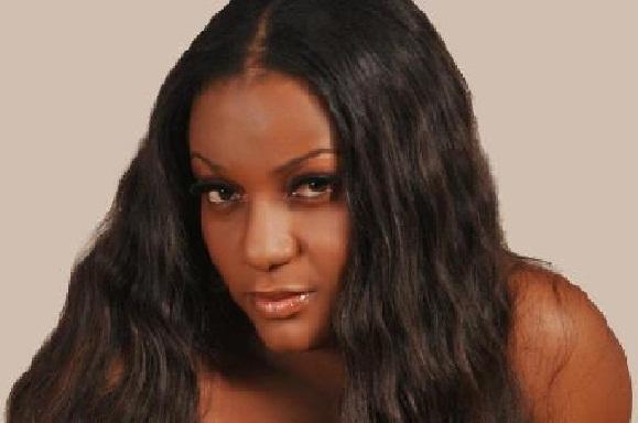 Nollywood actress, Queen Nwokoye Is Married chiomaandy.com