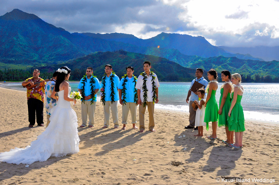 Destination Weddings On Kauai Hawaii Hanalei Bay Kauai