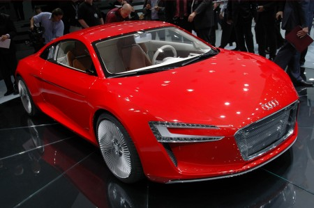2012 The Audi E-tron Car Manual