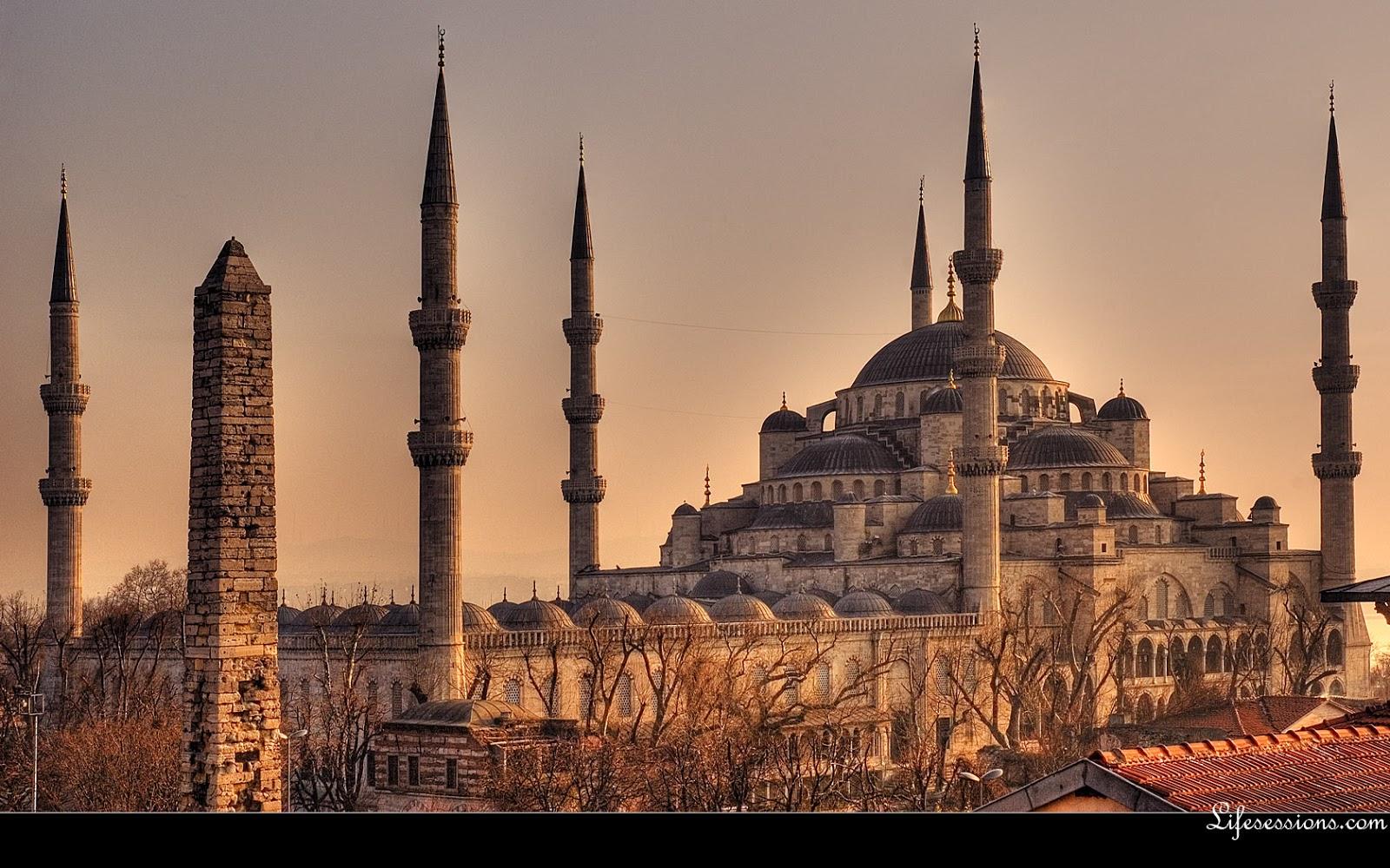 http://2.bp.blogspot.com/-IlCL2JVqQCs/UV6fhYlT86I/AAAAAAAACm4/uNr3MUiWE8w/s1600/istanbul_blue_mosque.jpg