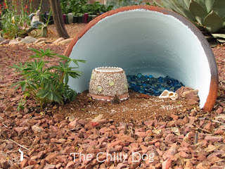 Craft and Garden Tutorial: How to make a miniature beach themed fairy garden. Surf's up!