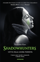 http://www.amazon.it/Shadowhunters-Citt%C3%A0-delle-anime-perdute/dp/8804635401/ref=sr_1_1?s=books&ie=UTF8&qid=1409387703&sr=1-1&keywords=citt%C3%A0+delle+anime+perdute