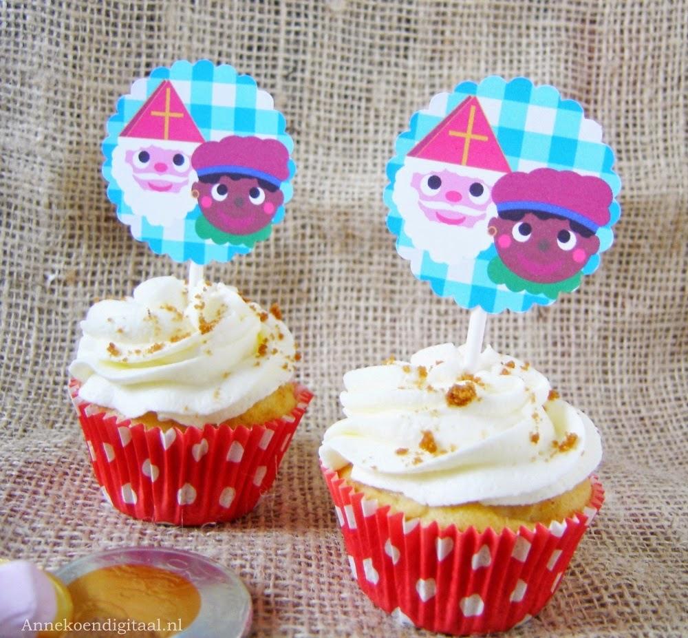 Sinterklaas cupcakes, sinterklaas traktatie, sinterklaas bakken, sinterklaas toppers, sinterklaas surprise, Sint en Piet, Sint, Piet