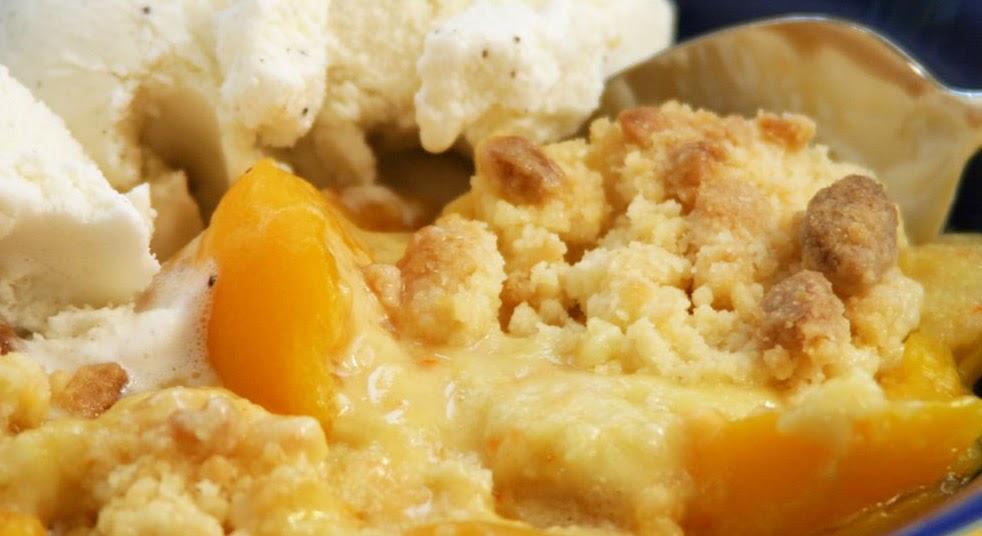 The Nummy Little Blog Best Southern Peach Cobbler