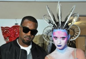 Lirik Lagu Katy Perry Feat Kanye West - E.T