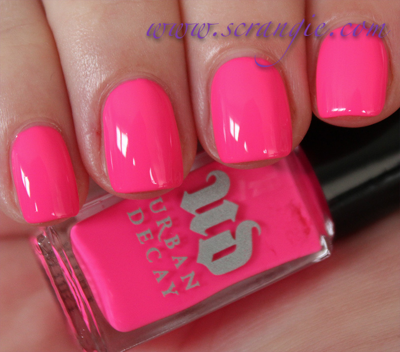 Scrangie: Urban Decay Showboat Nail Kit for Summer 2012 Swatches and ...