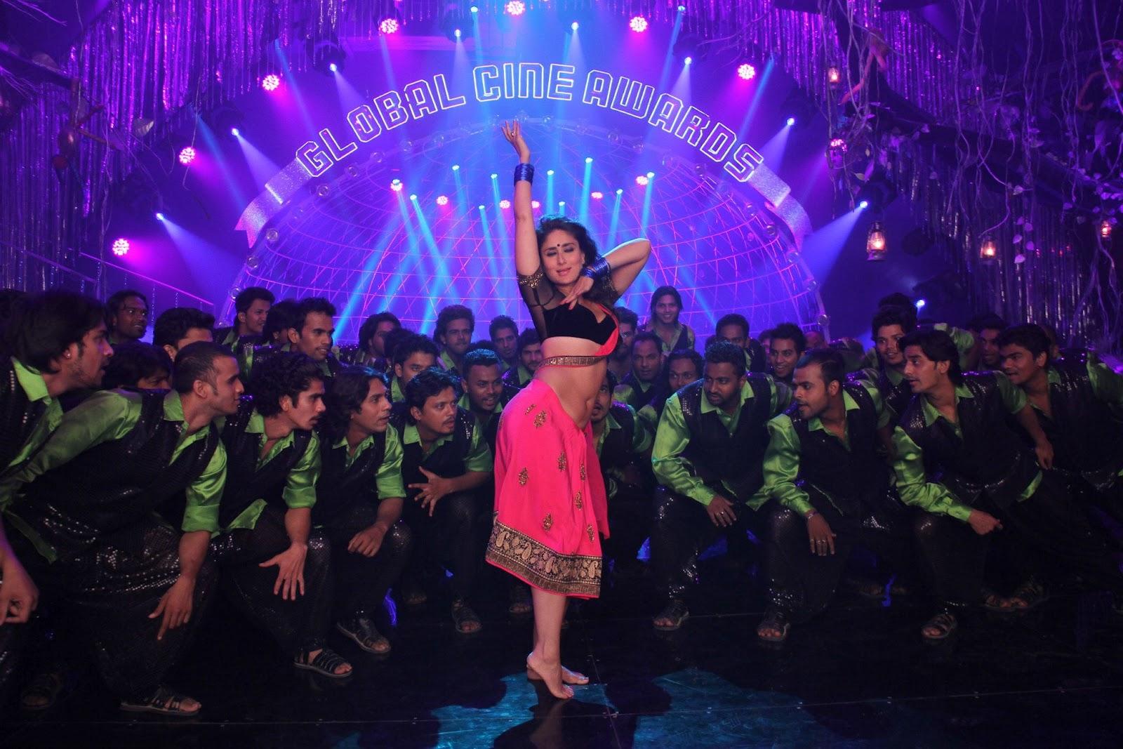 Kareena Kapoor Sexy Stills from item song Halkta 'Halkat Jawani' In ...