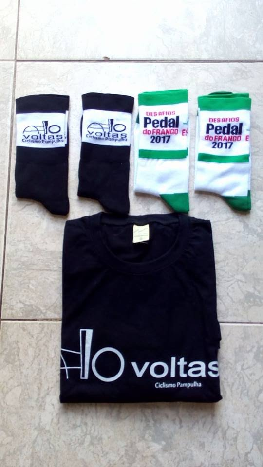 Meias e camisas Pedal do Frango