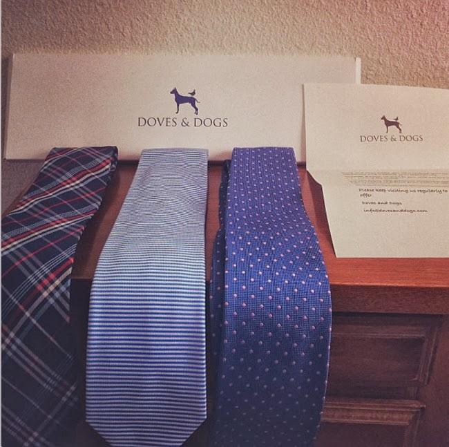 corbatas estampadas de la marca Doves&Dogs
