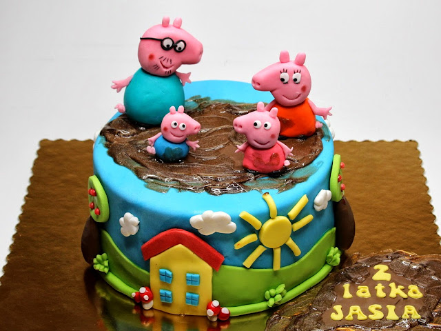 Peppa Pig Cake - kids birthday cakes in London