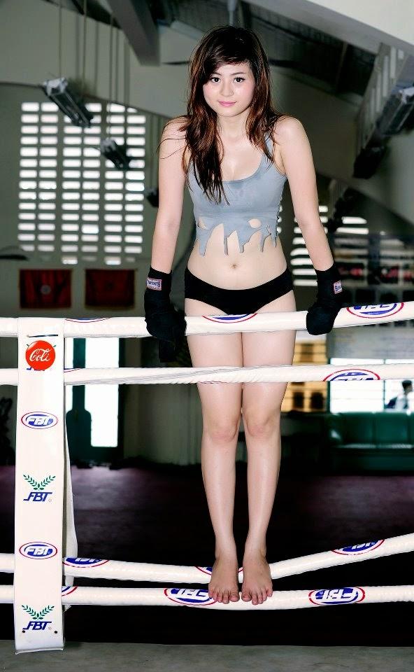 Hotgirl Châu Dương sexy với trang phục boxing 15
