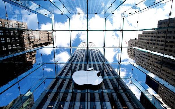 Pânico montado nas vésperas dos relatórios de lucros da Apple