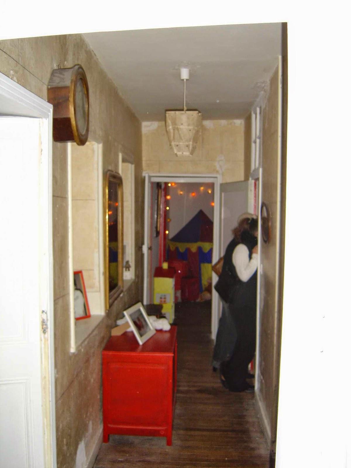 Le cabinet d 39 alex bruits de couloir for Peindre les portes
