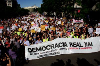 Manifestaciones en La Puerta del Sol ¿Un nuevo amanecer? Manifa15m