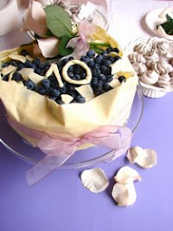 Torta fasciata al cioccolato bianco