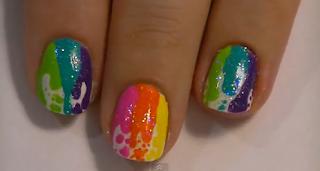 unha decorada varias cores