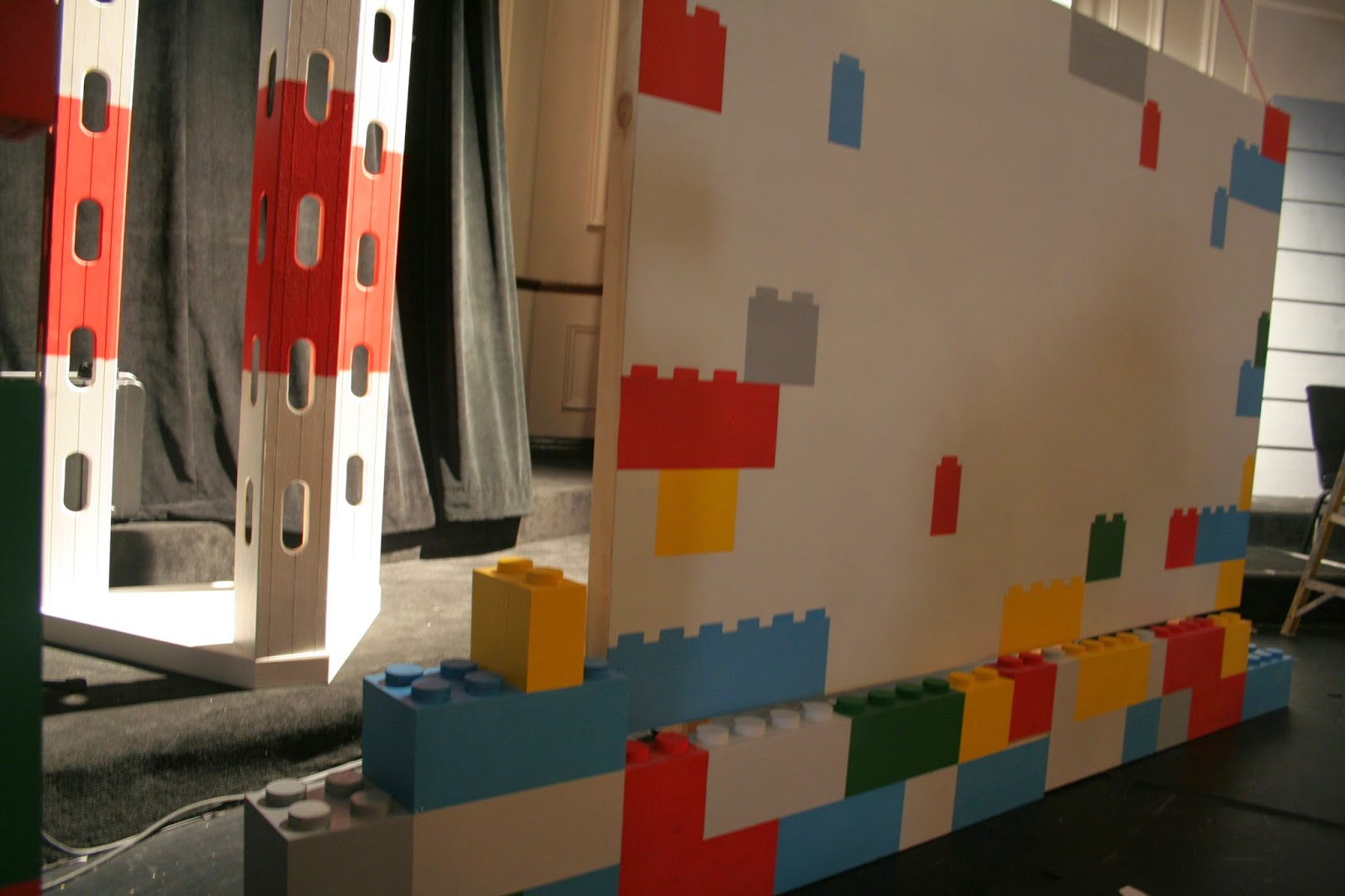 Lego Themed Stage Set For Kids The Art Of Faking It