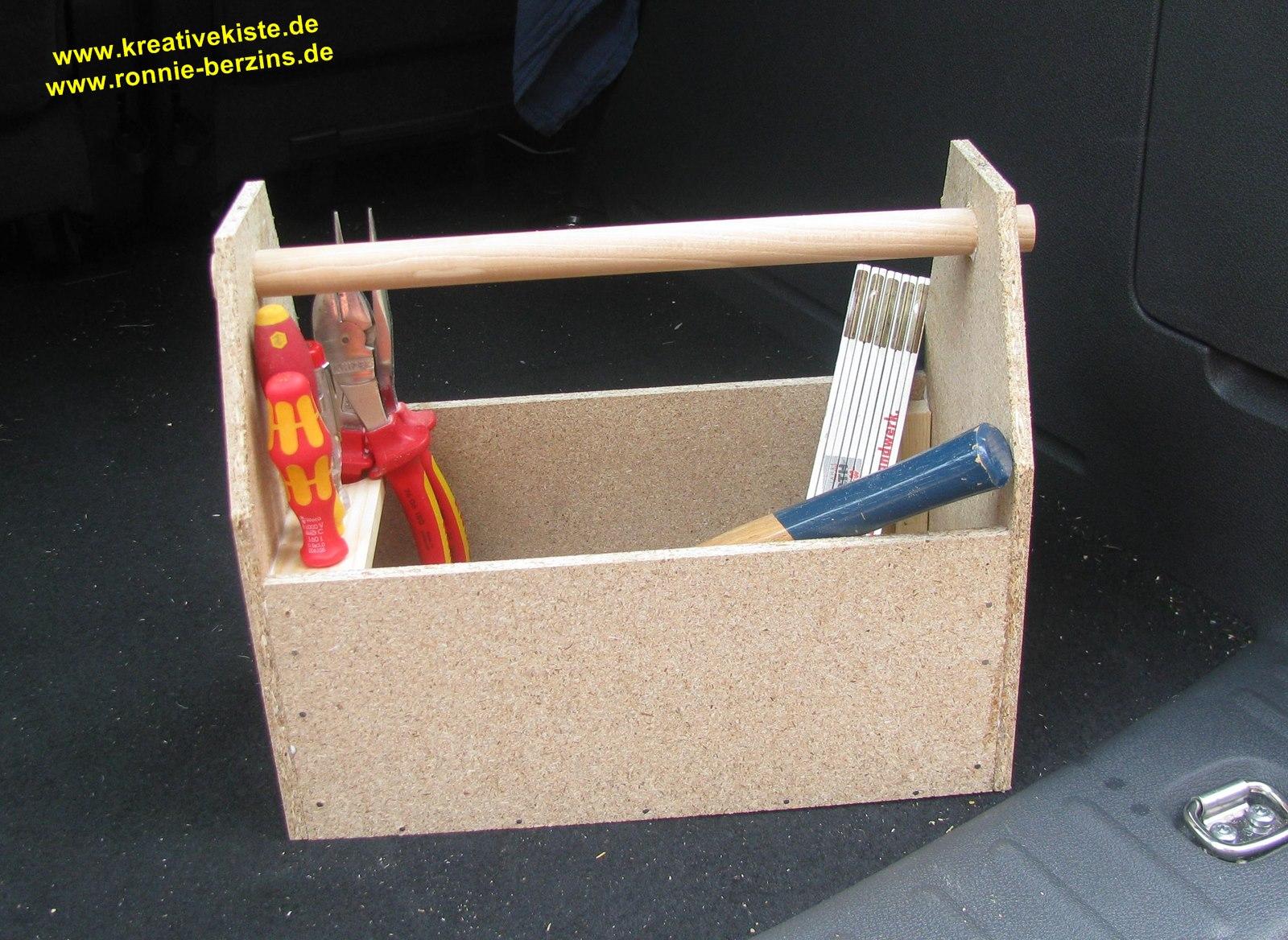 kreative kiste werkzeug kiste selber bauen. Black Bedroom Furniture Sets. Home Design Ideas