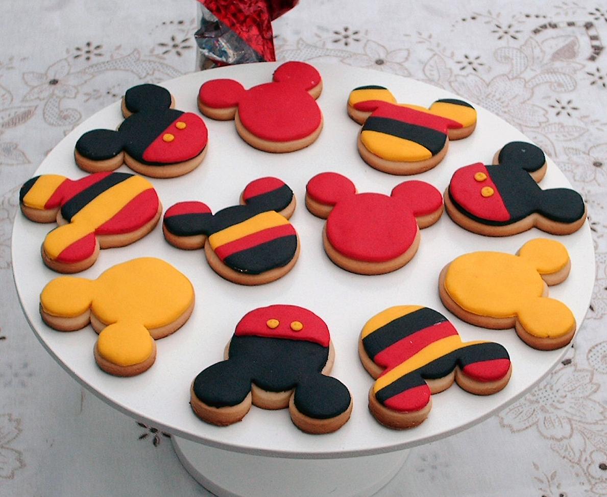 Para fanaticos de Mickey..estas galletas de vainilla, inspiradas en ...